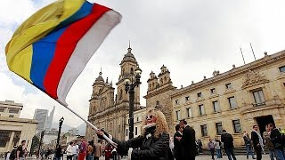 Download Colombian Senate approves FARC deal Video