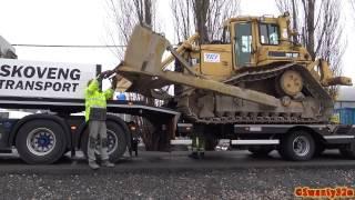 Download 4K| Scania R730 Loads & Hauls A CAT D6H LGP Dozer Video