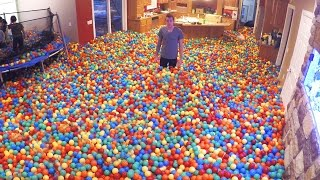 Download Crazy Plastic Ball PRANK!! Video