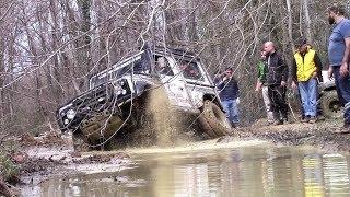 Download Land Rover Defender 90 V8 **EXTREME 4x4 CHALLENGE OFF-ROAD** Video