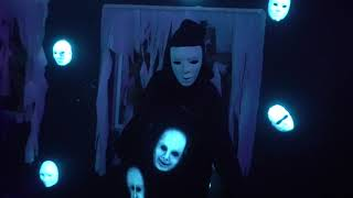 Download ″Motel Hell″ Haunted House at Howl-O-Scream 2018, Busch Gardens Tampa Bay Video