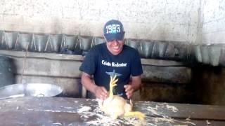 Download Como pelar un pollo rapidamente Video