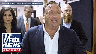 Download Twitter says Infowars' Alex Jones hasn't violated any rules Video