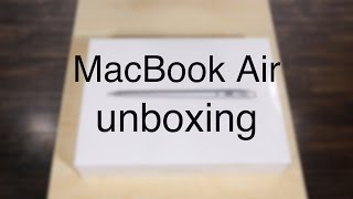 Download MacBook Air 2016 (MMGF2HN/A) Unboxing | What all does it pack?? Video