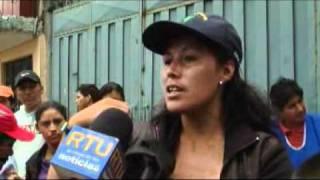 Download Denuncian presunta violación por parte de docentes en colegio al sur de Quito Video
