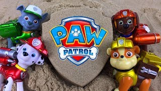 Download PAW PATROL KINETIC SAND BADGE SURPRISES WITH RYDER CHASE MARSHALL RUBBLE ZUMA ROCKY EVEREST & SKYE Video