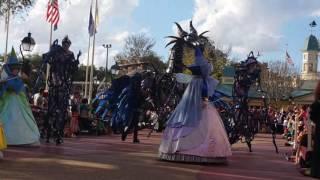 Download Desfile Disney Magic Kingdom 01 enero 2017 Video