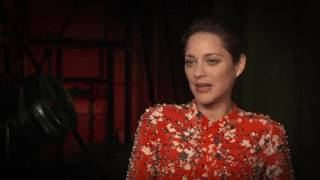 Download Assassin's Creed: Marion Cotillard ″Sofia″ Behind the Scenes Movie Interview Video