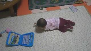 Download ズリバイももちん Crawling Baby Video