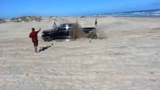Download SPI truck stuck in the sand Video