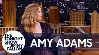 Download Amy Adams Uses Her ″Mom Voice″ on Red Carpets and the Sharp Objects Set Video