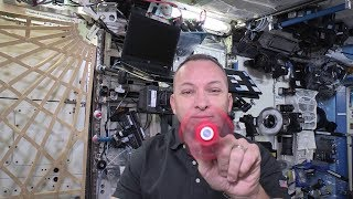 Download Fidget spinner spinning in space! Video