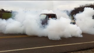 Download AWESOME!! Truck Burnout '84 Chevy C10 5.3 Swap - MUST SEE - Smokey LS1 LSx SS Video