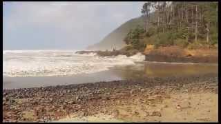 Download Sneaker wave on Oregon coast, October 11, 2014 Video