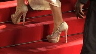 Download Cannes Film Festival apologises over high-heel furore Video