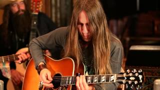 Download Blackberry Smoke - Ain't Much Left Of Me from Southern Ground Studios (Acoustic) Video