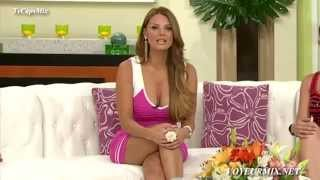 Download Maritere Alessandri Minivestido Rosa Video