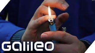 Download Wo die Billig-Feuerzeuge herkommen - Hinter den Kulissen von BIC | Galileo | ProSieben Video