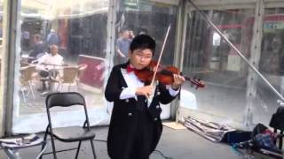 Download Endless Love, the 9-year-old child is just a year of learning the violin. Video
