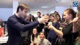 Download L'illusionniste Luc Langevin en happening à 20 Minutes Video