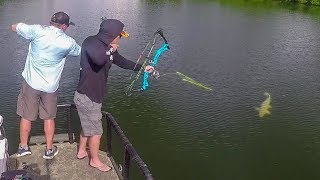 Download Bowfishing PREHISTORIC Fish in the Backwoods!! Video