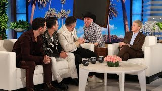 Download Nick Jonas Gets a Scare from His New 'The Voice' Co-Star 'Blake Shelton' Video