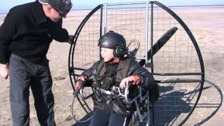 Download 10 YEAR OLD FLAT TOP PARAMOTOR PILOT!!! POWERED PARAGLIDING WORLD RECORD!!! Video