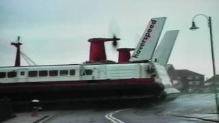 Download SRN4 Hovercraft Arrival Lee-On-Solent 2000 Video
