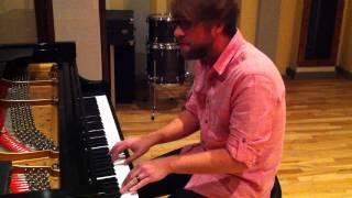 Download Josh Wilson ″Jesus Is Alive″ performance Video