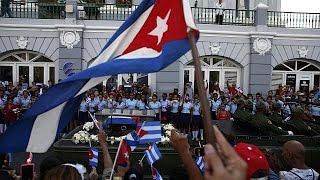 Download Cuba: le ceneri di Fidel inumate in monumento di fianco a José Martì Video