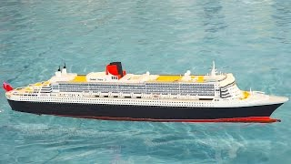 Download QUEEN MARY 2 RC SHIP SCALE MODEL IN ACTION / Modell Süd Stuttgart 2016 Video