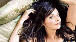 Download Sarah Brightman - Think of Me (Original Cast Recording) Video