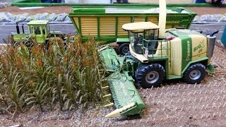 Download RC Siku Control 32 tractor action playing at Krone farmworld Video
