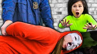 Download HACKER GIRL IS WANTED BY THE POLICE (PROJECT ZORGO Framed PZ4) Video