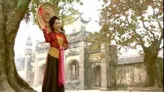 Download Hoa Thơm Bướm Lượn - Vietnamese folk song Video