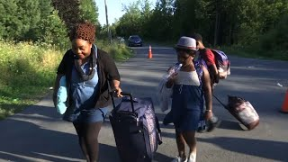 Download Thousands of Immigrants Fleeing US For Canada Video