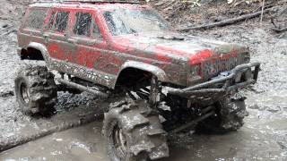 Download RC ADVENTURES - SLOPPY 4x4 MUD with PADDLE Tires Video