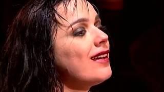 Download Cacilda Becker e Flávio de Carvalho (Bete Coelho, Zé Celso e Renée Gumiel) - Teatro Oficina Video