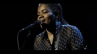 Download Tracy Chapman - Stand by Me (Live on Letterman 2015) Video