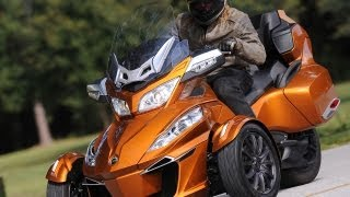 Download 2014 Can-Am Spyder Roadster RT First Ride - MotoUSA Video