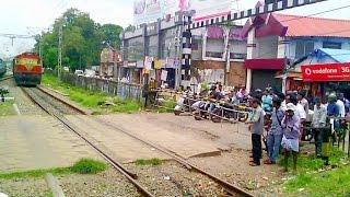 Download Arriving at Kozhikode (Calicut) Railway station Video