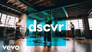 Download Fickle Friends - Cry Baby - Vevo dscvr (Live) Video
