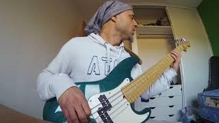 Download Funky on American Fender Precision Deluxe 5 ( Pablo Alfieri) Video