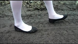 Download 077 abandoned shoes Video