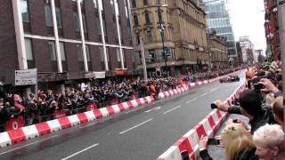 Download Jenson Button drives McLaren F1 car in Manchester streets (Vodafone VIP) V8 Sound Video