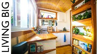 Download Firefighter's Earthship Inspired Off-Grid Urban Tiny House Video