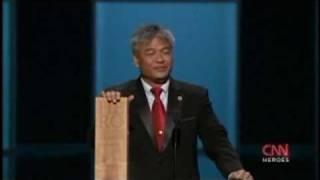 Download Budi Soehardi CNN Tribute to Heroes 2009 Video