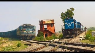 Download DN Faizabad Passenger carefully crosses over Historical Diamond crossing Video