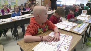 Download First Grader Shaves Head For Friend With Cancer Video