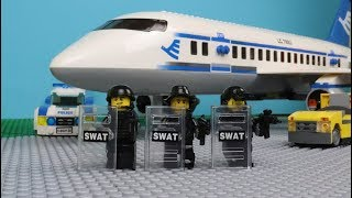 Download Lego SWAT - The Plane Robbery Video